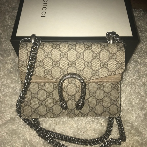 bdbfda3c40da Gucci Bags   Nwt Dionysus Gg Supreme Shoulder Mini Bag   Poshmark